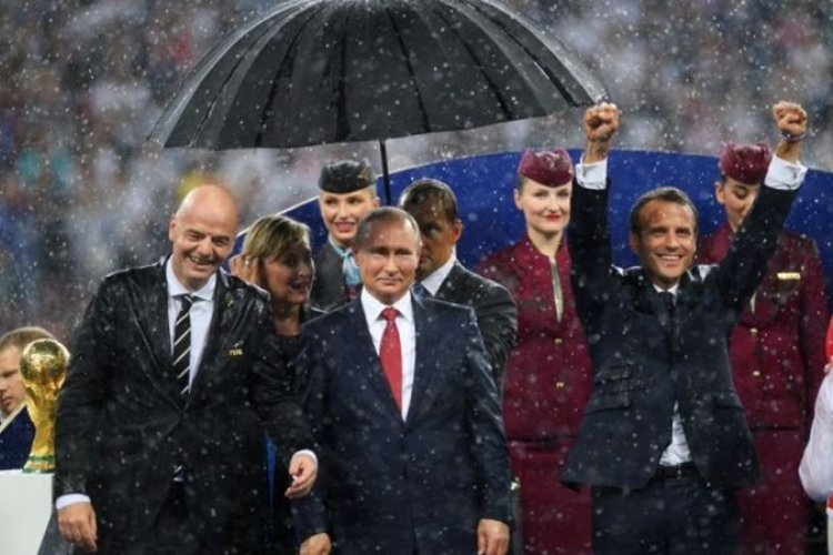 putin and his umbrella